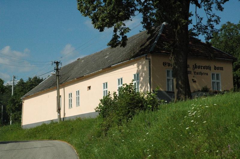 Cirkevný dom